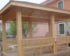 毕节防腐木长廊